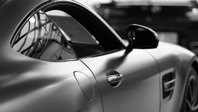 blockchain-automotive-industry-cars